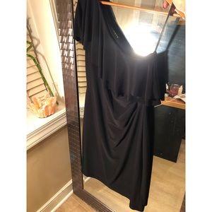 ⚠️Clean Closet⚠️ One Shoulder Ralph Lauren Dress
